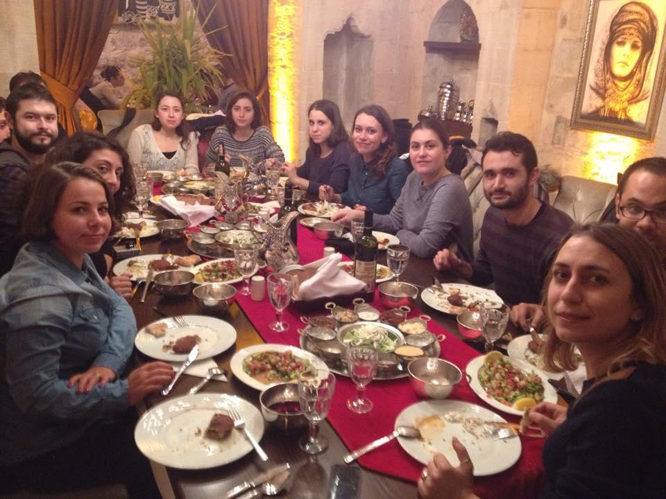 Bağdadi'de Akşam Yemeği