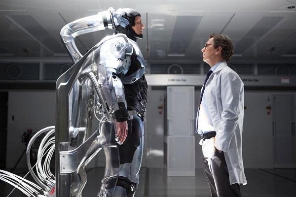 11 Robocop-2014