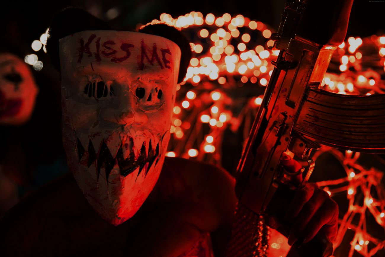 the-purge-election-year-5760x3840-mask-best-movies-of-2016-8896