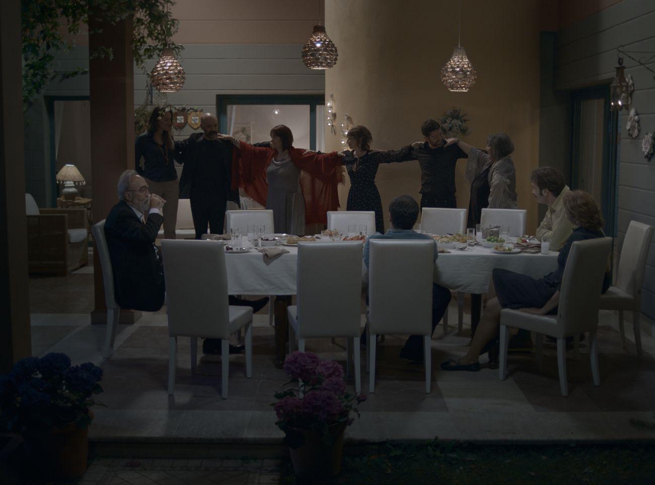 Yemekteydik- Gursoy Ailesi