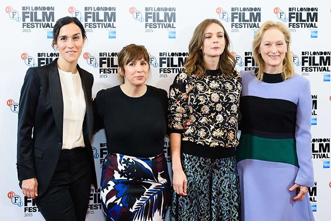'Suffragette'in yönetmeni Sarah Gavron, senaristi Abi Morgan, oyunları Carey Mulligan ve Meryl Streep.