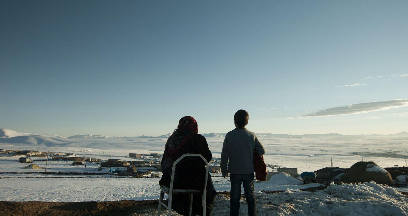 """53.Uluslararası Antalya Film Festivali İzlenimleri - Rauf: """"Pembe Ne Renktir?"""" - Eleştiri - İzlenim, Sinema Yazıları - Fil'm Hafızası"""